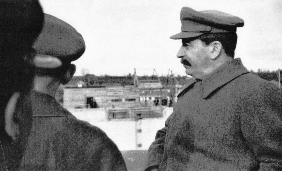 1937-04-22 Сталин