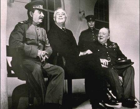 1943-11-29 Тегеран. Сталин Рузвельт Черчиль