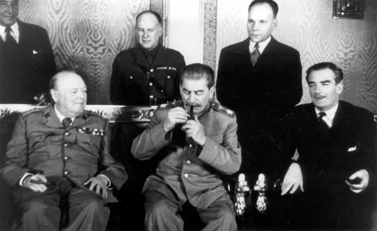 1944-10 И.В. Сталин и У.Черчиль. Большой Кремлевский дворец.
