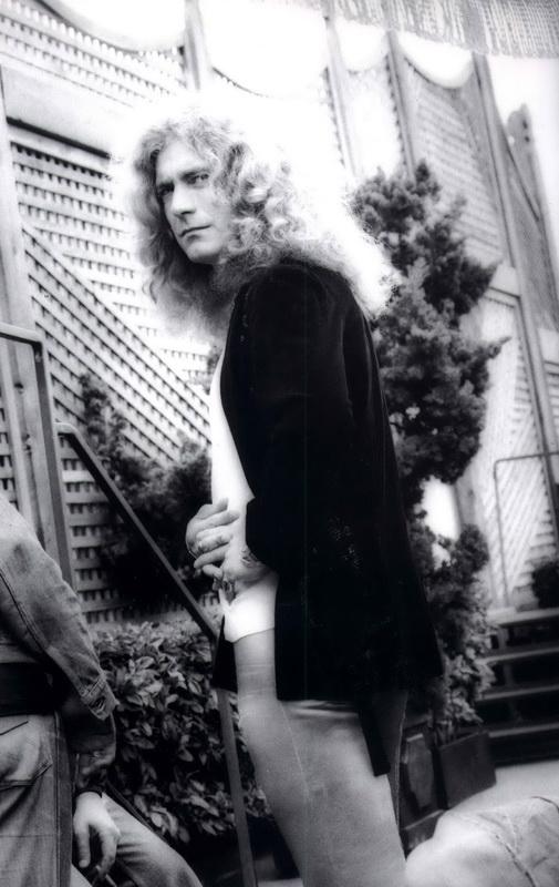 06 1977-07-24_RP_Oakland_Coliseum_by_Dennis_Callaghan-02