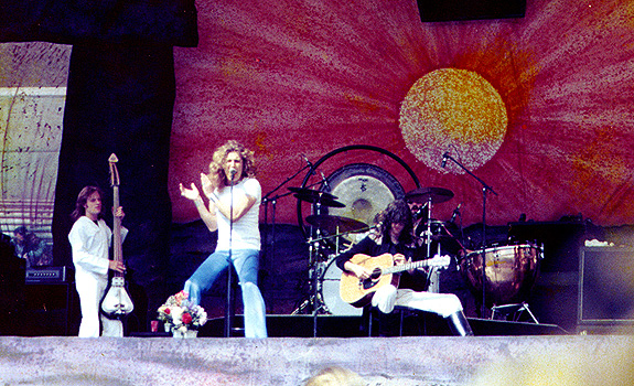 Led Zeppelin, Oakland California 24 July 1977 04