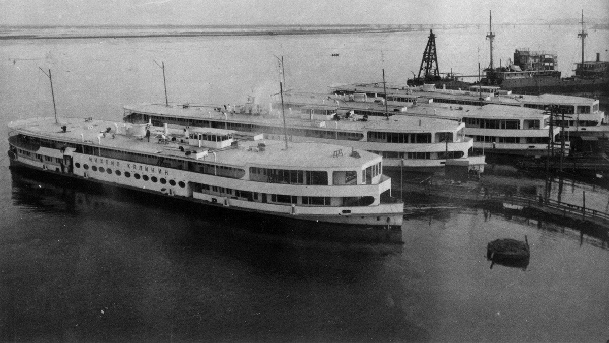 01 Сормово. Пассажирские суда для канала Москва-Волга. 1937