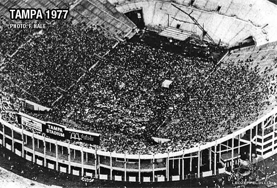 1977-06-03_full_stadium