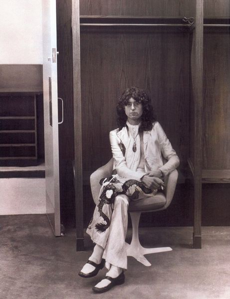Jimmy Page, backstage Tampa 03 June 1977