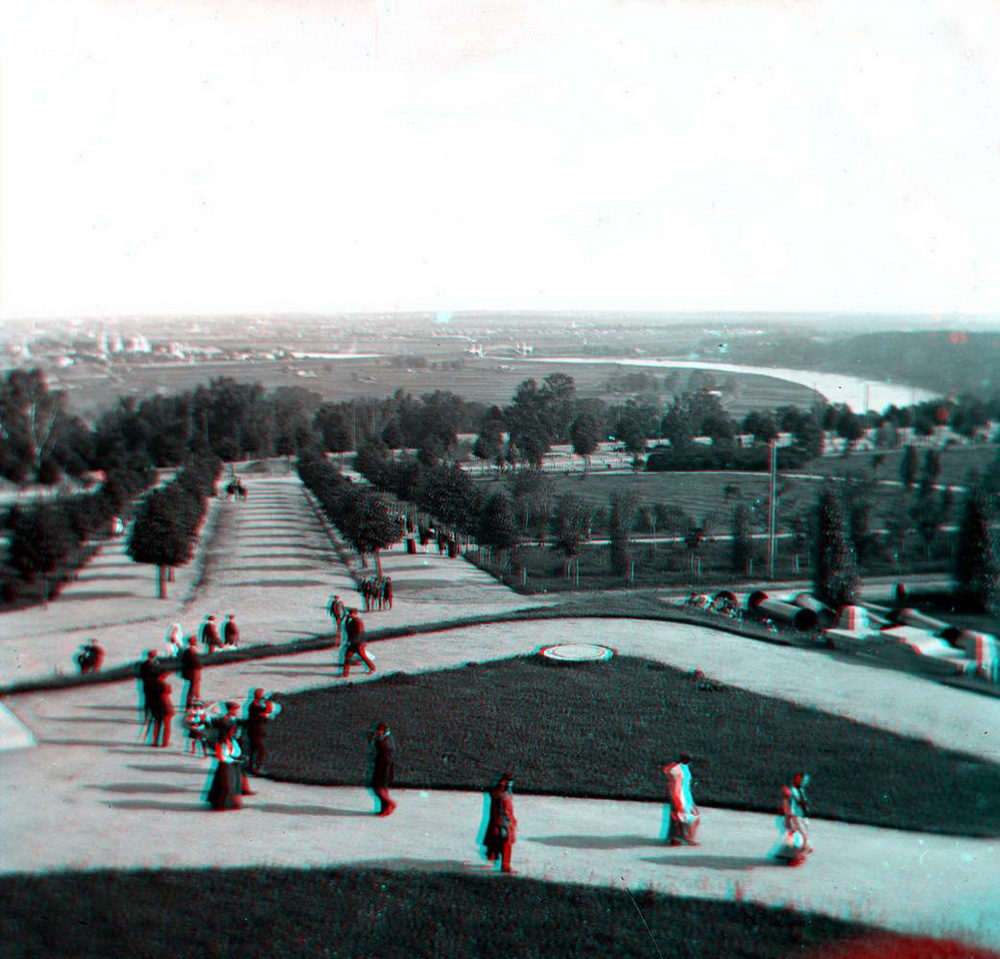 Стерео - Москва, вид с Воробьёвых гор на Лужники 1907-1917 (направление съемки %U2014 север)