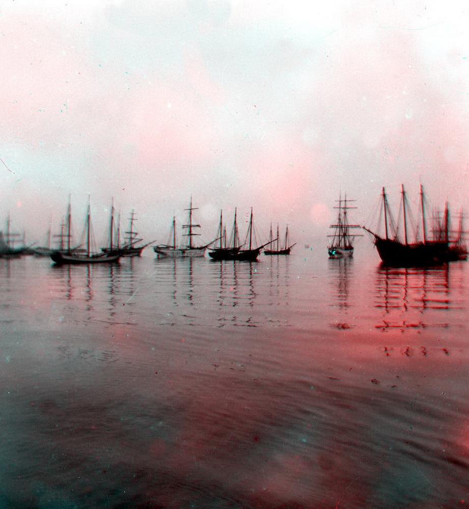 Стерео - море, парусники на рейде