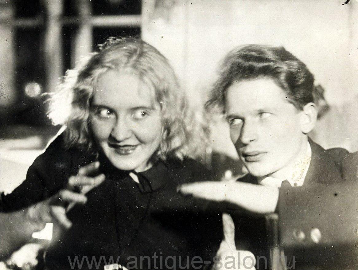 Тамара Николаевна Беспалова-Михалева и Михаил Николаевич Мох. Фото 1932 года.