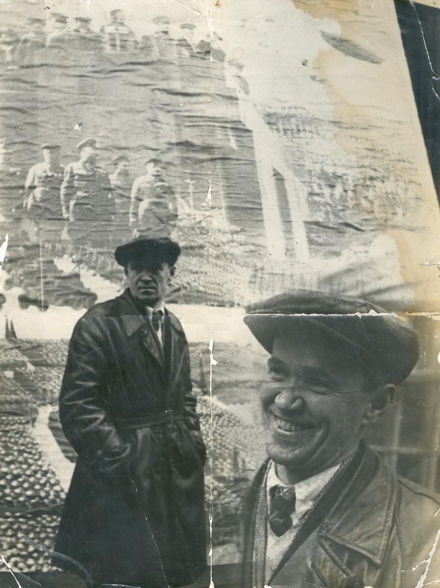 Около 1932 года. В.Н. Ёлкин и его плакат. Фотомонтаж.
