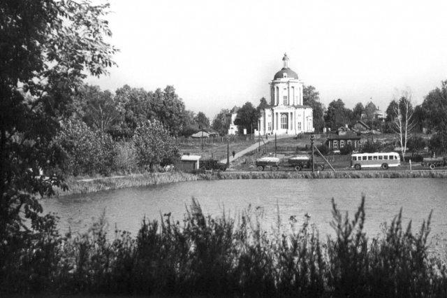 1966 - Долгие пруды и Владимирский храм