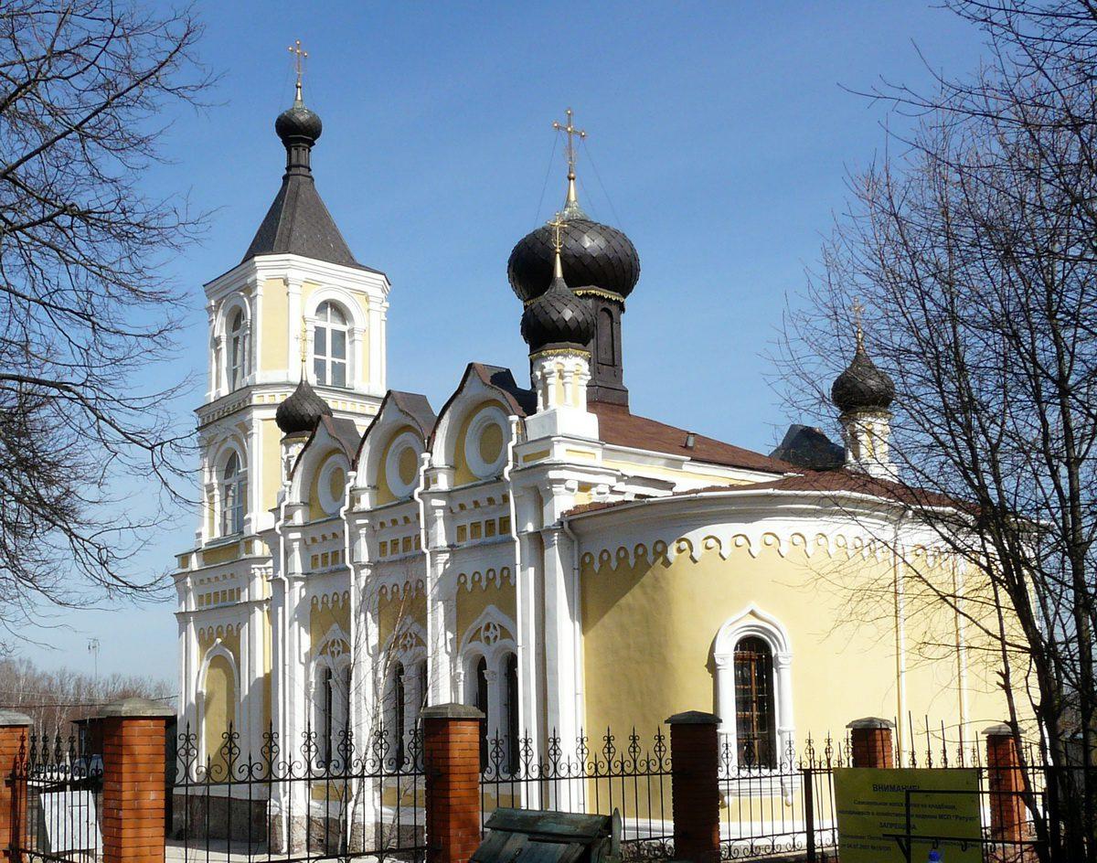 Храм Успения Пресвятой Богородицы в Трахонеево. Фото Д.Ю. Кувыркова