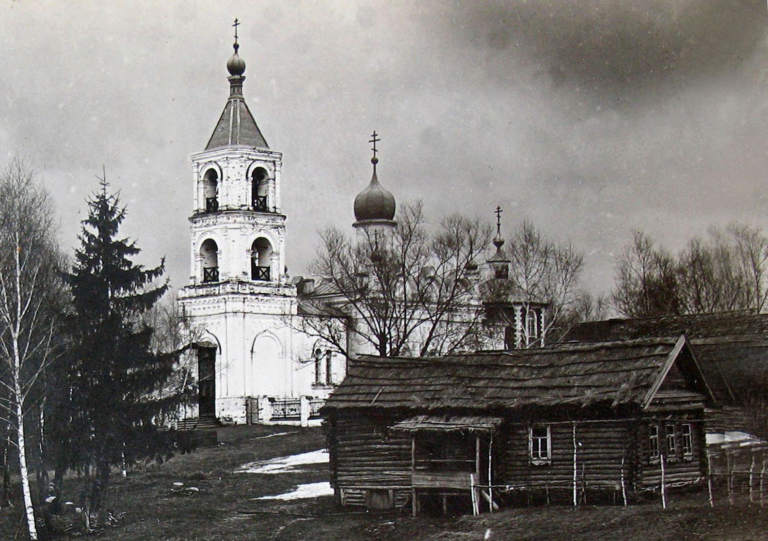 Храм Успения Пресвятой Богородицы в Трахонеево. 1908 год. Фото Ф.Ф.Барта.