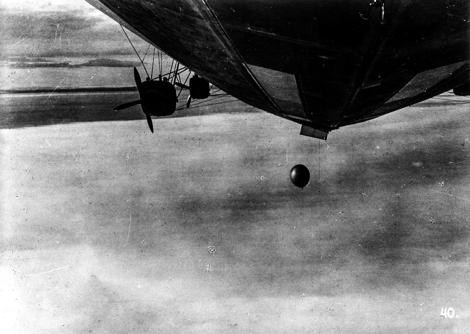 """28 июля 1931 года, 11:10. Запуск радиозонда с """"Графа Цеппелина"""""""