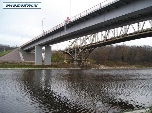 Старый и новый мост, 2005 год (www.mostow.ru)